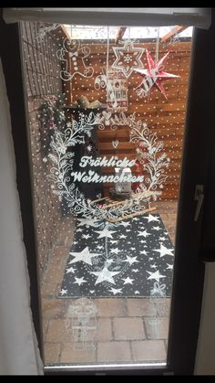 Bine Brändle weihnachtsmalvorlage  Kreidestift Kreidemalerei  Xmas, Christmas, Ramen, Ladder Decor, This Or That Questions, Advent, Crafts, Windows Server, Lovely Things