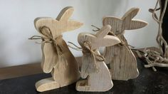 Easter Projects, Easter Crafts, Easter Decor, Spring Crafts, Holiday Crafts, Wooden Crafts, Diy And Crafts, Rabbit Crafts, Home Decoracion