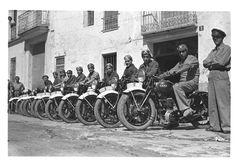 Escuela motorizada : Enseñanza y motoristas formados (entre 1936 y 1939) - Finezas Valencia, Civilization, Spanish, War, Civil War Photos, School, Historia, Spanish Language, Spain