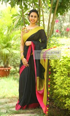 Want to know how to style your traditional black sarees in most perfect way? Do check out these inspiring sarees styles. Kalamkari Blouse Designs, Kalamkari Saree, Saree Blouse Designs, Dress Designs, Blouse Patterns, Pakistani Fashion Party Wear, Indian Fashion, Saree Fashion, Women's Fashion