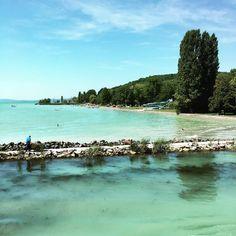 """42 kedvelés, 1 hozzászólás – Hanging Lens (@hanginglens) Instagram-hozzászólása: """"Pier #pier #balaton #photography #lake #beach #tree #sky #cloud #water #way #lonely #sand #mirror…"""""""