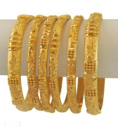 All the women like gold make Jewels any of them gold bangles, gold chain, earring and armlet. In wedding function women wear, bridal bangles set of their two hands. Plain Gold Bangles, Gold Bangles Design, Gold Jewellery Design, Silver Bracelets, Designer Bangles, Silver Ring, Bridal Bangles, Bridal Jewellery, Handmade Jewellery