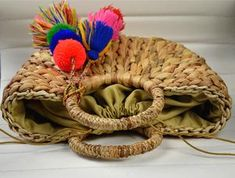 South Korea mini gourd grass woven bag women's bag Small Luggage, Luggage Sizes, Sweet Lady, Fabric Textures, Gourds, Fashion Bags, Grass, Weaving, Shapes