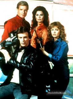 Featuring Marc Singer, Kenneth Johnson, Faye Grant, Jane Badler and others. Sci Fi Tv Series, Sci Fi Tv Shows, Sci Fi Movies, Movie Tv, Faye Grant, Marc Singer, Classic Sci Fi, Classic Monsters, Tv Ads