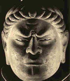 東大寺戒壇院 広目天像