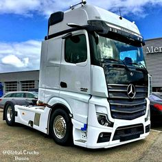 Mb Truck, Mp 5, Freightliner Trucks, Mercedes Benz Trucks, Volvo, Motorbikes, Luxury Cars, Vehicles, Custom Trucks