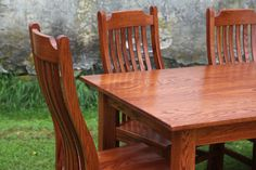 Family time + Food = Happiness #peacefulvalleyfurniture