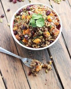 Vegan Butternut Squash and Cranberry Quinoa Salad (Healthy Vegan Fall Recipes for Dinner)