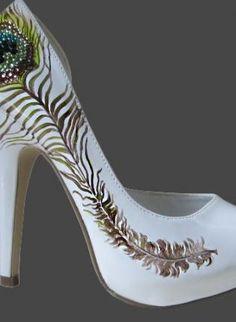 Peacock shoe