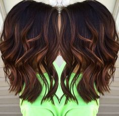 Blunt, Wavy Medium Hairstyles for Thick Hair 2017 - Caramel balayage highlights