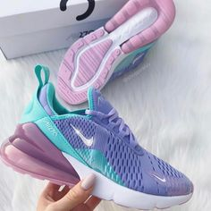 Swarovski Nike Womens Girls Air 270 Customized with Swarovski Crystals Bling Nike Shoes Frozen - Turnschuhe - Moda Sneakers, Cute Sneakers, Shoes Sneakers, Bmx Shoes, Purple Sneakers, Shoes Heels, Souliers Nike, Sneakers Fashion, Fashion Shoes
