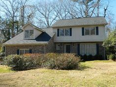 Ashborough - MLS# 16001509 http://ift.tt/1T5siVP Last Update: Mon Mar 21st 2016 12:00 am   Provided courtesy of Barbara Daniels of Carolina One Real Estate Single owner home that has been very well maintained in desirable Ashborough subdivision is ready for new owners. Brick and vinyl home has foyer with coat closet formal living room and dining room half bath eat-in kitchen and sunken den with vaulted ceiling and fireplace fitted for gas logs. The eat-in kitchen has Corian countertops…