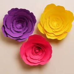 Arts and crafts DIY Paper - Arts and crafts Videos Windows - Arts and crafts Christmas Decoration - Paper Flowers Craft, Large Paper Flowers, Paper Crafts Origami, Flower Crafts, Diy Flowers, Diy Paper, How To Make Flowers Out Of Paper, Summer Arts And Crafts, Arts And Crafts For Adults