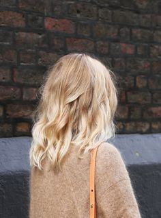 Bronde hair - couleur de cheveux balayage blond