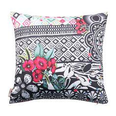 B&W Luxury Cushion - 45x45cm
