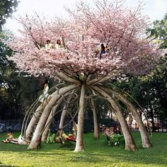 Swedish architects Visiondivision designed this two storey retreat, which is currently growing on a school campus in Milan. Ten Japanese cherry trees will be bent and pruned into shape over the next hundred years, hence the name of the piece: 'The Patient Gardener'.