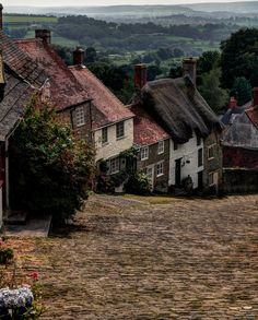 Shaftesbury, Dorset, UK (by Tom ♠) I've pinned Shaftesbury before but here you can see the stunning countryside beyond