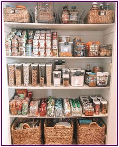 6 Tips on How to Organise Your Pantry 6 Tipps zur Organisation Ihrer Speisekammer This image has. Kitchen Organization Pantry, Home Organisation, Organized Pantry, Pantry Ideas, Kitchen Storage, Pantry Storage, Pantry Room, Pantry Shelving, Organizing Ideas For Kitchen