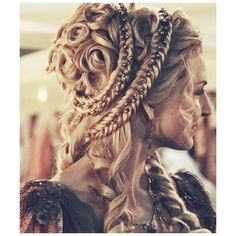 Magnificent Medieval Hairstyles ❤ liked on Polyvore featuring hair, cabelos and people