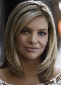 rebecca maddern channel 7 news melbourne hostess/ reporter and sexy babe!