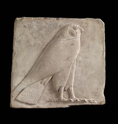 Plaque depicting a falcon, probably the god Horus B. Saite Dynasty 26 or later Ancient Egypt Animals, Ancient Egypt Art, Ancient History, Ancient Artifacts, European History, Ancient Aliens, Ancient Greece, American History, Egypt Jewelry