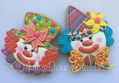 Miss Doughmestic Clown Cookie Cutter and Fondant Cutter and Clay Cutter Cookies For Kids, Fancy Cookies, Iced Cookies, Cute Cookies, Sugar Cookies, Frosted Cookies, Circus Food, Circus Theme Cakes, Circus Party