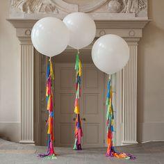 Isnt this a Gorgeous Giant Balloon??!!  Make a big statement and leave a huge impression at your event with this beautiful 36 balloon.  Please choose the color of your choice, this balloon comes with a tassel garland tail, please select the length you prefer.  Just take this balloon to your favorite party store to fill it with helium gas. I make custom orders, let me know your color palette and I will be glad to work with you. Note: If you're filling up the balloons with helium gas, I…