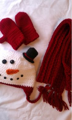 Holiday crochet hat, frosty the snowman