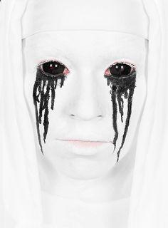 Sclera schwarz Kontaktlinsen / Black Sclera Contact Lenses  #halloween #make-up #black #horror #amercianhorrorstroy