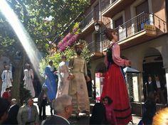 Pasacalles, gigantes y cabezudos, en el primer día de las fiestas de San Saturio    www.sorianoticias.com/detalle_noticia_f.php?noticia=4528