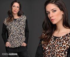 La Remera Kadrama es #tendencia. Se trata de una prenda holgada que se adapta a distintas siluetas, con hermosa caída y excelente calce. ¡Encontrá tu combinación ideal!