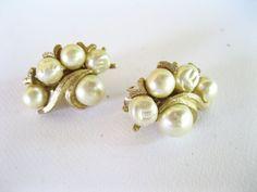 Kramer Earrings Pearls Goldtone Vintage Clip by TheSnapDragonsLair, $7.95
