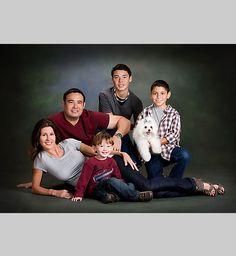 Evin Thayer Studio in TX, Houston Family photographers, specializing in Houston Family Portraits, Houston's top photographer Evin Thayer Studios.