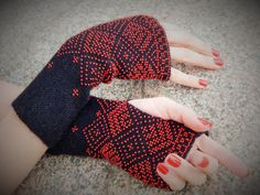 Long Beaded Women Black Wrist Warmers, Handmade MOHAIR & Wool Fingerless Gloves, black Cuffs, arm  hand warmers, Gift for Her, READY To SHIP