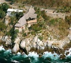 Le Kliff restaurant in Puerto Vallarta, Mexico