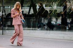 Street Style Paris Fashion Week Primavera Verano 2017   Galería de fotos 186 de 280   VOGUE