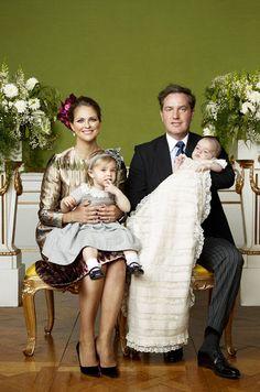 Ce mercredi 15 juin, le petit prince Nicolas, le fils de la princesse Madeleine de Suède et de son mari Christopher O'Neill, a soufflé sa première bou...