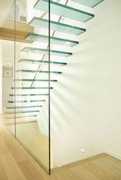 Afbeeldingsresultaat voor trappen in glas