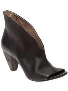 ELISA NERO Leather open toe ankle boot by msochic