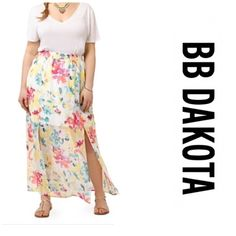 """BB Dakota floral maxi skirt Bought this for myself... Didn't like it on me waist is 44"""" around (elastic waist band) and 44"""" long has shorter slip underneath and the floral sheath goes to the floor 2 slits up each leg - gorgeous BB Dakota Skirts Maxi"""