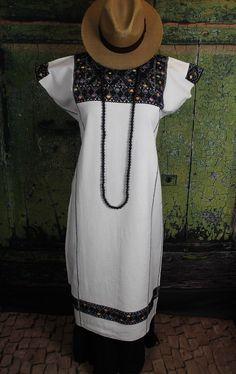 Black & White Huipil Mayan Chiapas Mexico Hand Woven Frida Cowgirl Hippie Boho #Handmade #HuipilMexicanDress