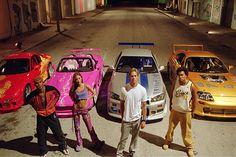 """""""2 Fast 2 Furious"""" geht es 2003 mit leicht verdrehten Rollen weiter. Der Cop macht jetzt auf Hobby-Bandit, der Oberschurke weilt im Exil. We..."""
