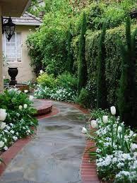 """Résultat de recherche d'images pour """"photo de jardin de maison"""""""