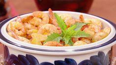 El Chef Pepín nos consintió a todos en casita al prepararnos este delicioso y calientito Caldo de Camarón.