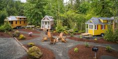 Tiny house, living in a small space on wheels, plans, interior cottage DIY, modern small house - Tiny house ideas Tiny House Movement, Tiny House Plans, Tiny House On Wheels, Camping Glamour, Mini Chalet, Tiny House Rentals, Tiny House Village, Tiny House Community, Community Space