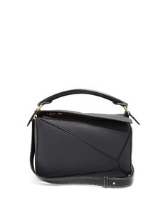 LOEWE . #loewe #bags #canvas #lace #leather #lining #shoulder bags #hand bags #