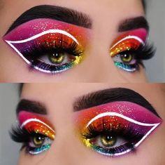 Tangy Cute Makeup Brushes - Damen Make-up, Lippen und Nails Makeup Eye Looks, Eye Makeup Art, Crazy Makeup, Blue Eye Makeup, Eye Makeup Tips, Glitter Makeup, Cute Makeup, Gorgeous Makeup, Eyeshadow Makeup