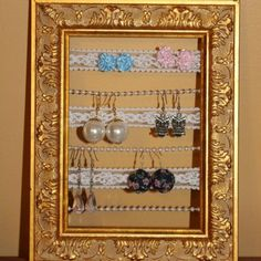 Pearl and lace earring holder. DIY
