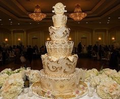 "Glorious ""Gold Moroccan"" wedding cake adorned in magnificently detailed, lavishly styled grandeur. Crafted by Rosebud Cakes in Beverly Hills, California. Cream Wedding Cakes, Themed Wedding Cakes, Elegant Wedding Cakes, Wedding Cake Designs, Elegant Cakes, Cake Wedding, Wedding Cupcakes, Themed Cakes, Royal Wedding Themes"