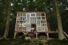 une-cabane-en-vieilles fenêtres-4